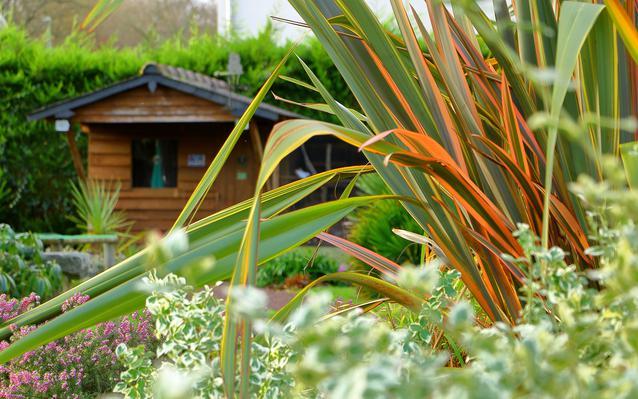 Choisir et installer un abri de jardin - Ooreka