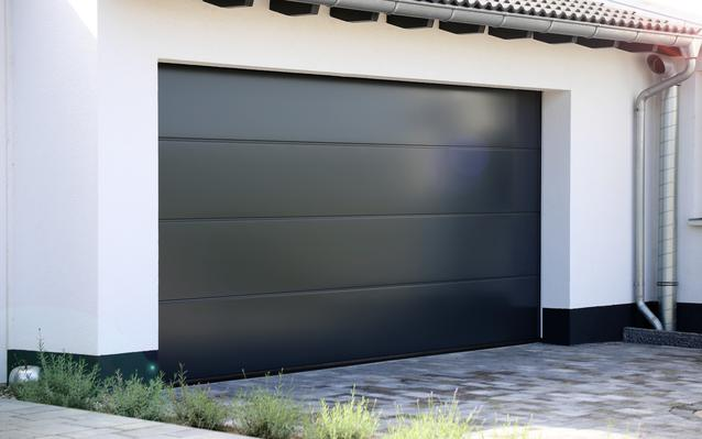 Installer ou remplacer une porte de garage ooreka - Remplacer une porte de garage ...