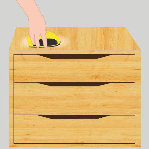 Poncer un meuble vernis impressionnant repeindre un meuble for Decaper meuble vernis