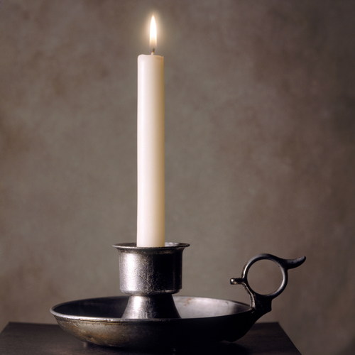Donner un effet chromé à des chandeliers