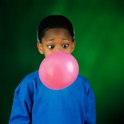Enlever une tache de chewing-gum