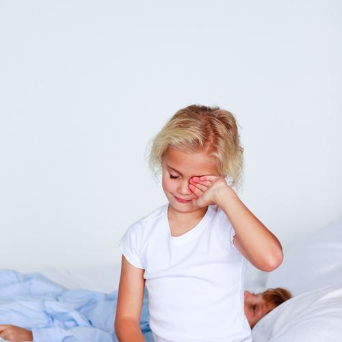 Matelas taché par l'urine d'un enfant: comment nettoyer?