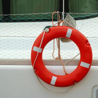 Vérifier régulièrement la validité de l'armement de son bateau