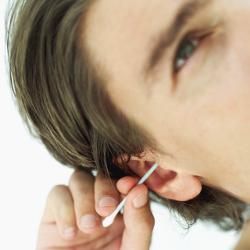 Bien se nettoyer les oreilles