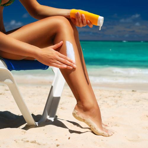 Appliquer correctement sa crème solaire