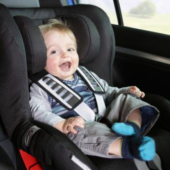 Voyager en voiture avec un bébé