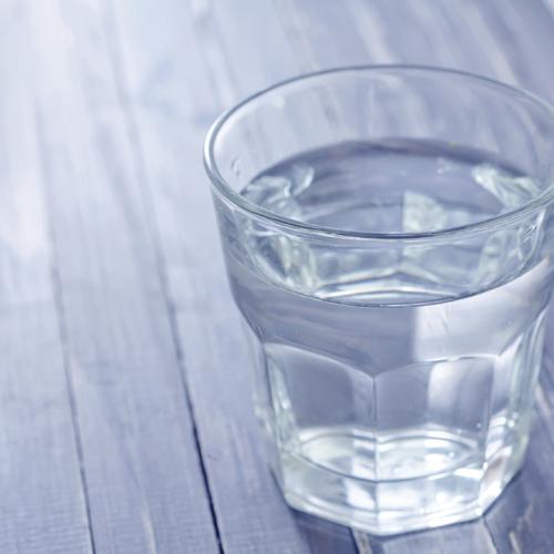 Installer un purificateur d'eau