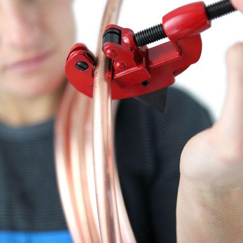 Couper un tube en cuivre