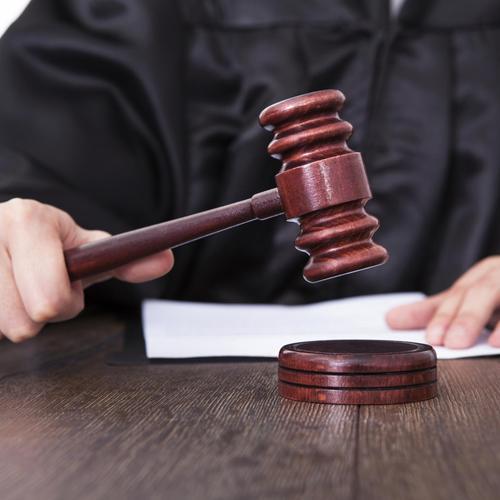 Assister à l'audience de jugement devant le conseil des prud'hommes