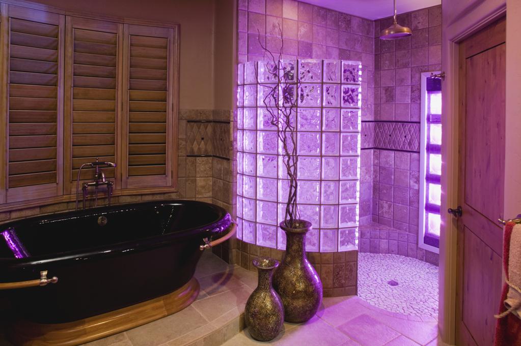 couleurs baignoire led bienfaits et mod les pas cher. Black Bedroom Furniture Sets. Home Design Ideas