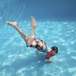 Enlever les taches brunes sur un liner de piscine