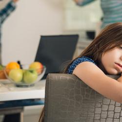 4 façons simples de protéger les enfants des conflits