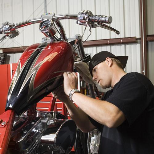 Changer le joint spi de fourche d'une moto