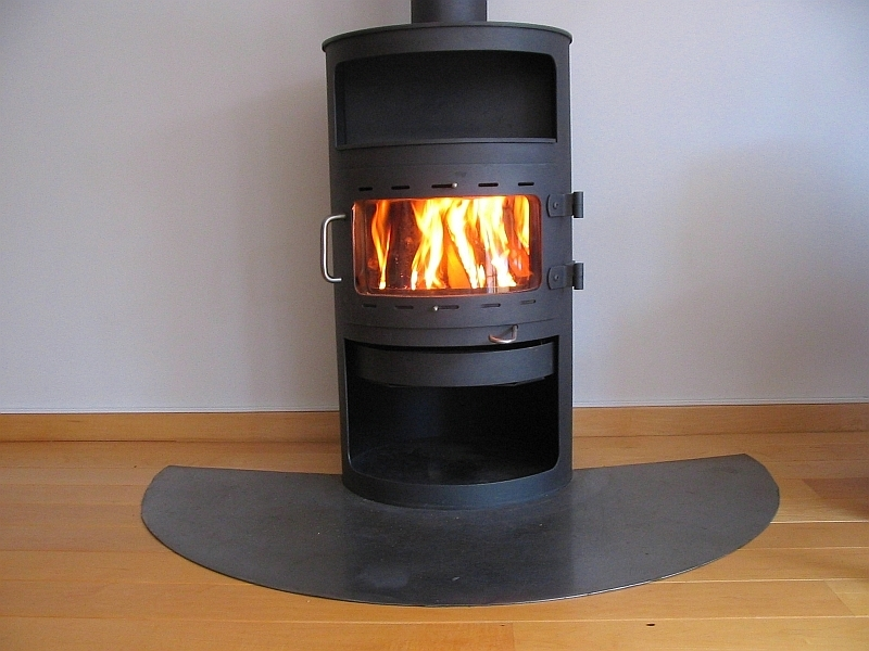 small stove back boiler with Poele A Granules Sans Electricite on Poele A Granules Sans Electricite moreover Stovetec Biomass Stove Review moreover Watch as well Wood Stove Oven further 21 Technologies Decentralizing The Economy.