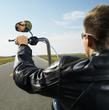 Changer les poignées d'une moto