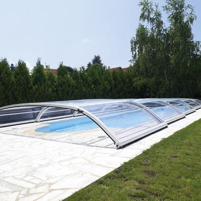 abri de piscine le sujet d crypt la loupe. Black Bedroom Furniture Sets. Home Design Ideas