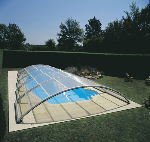 Dome gonflable piscine le mans 18 for Dome piscine