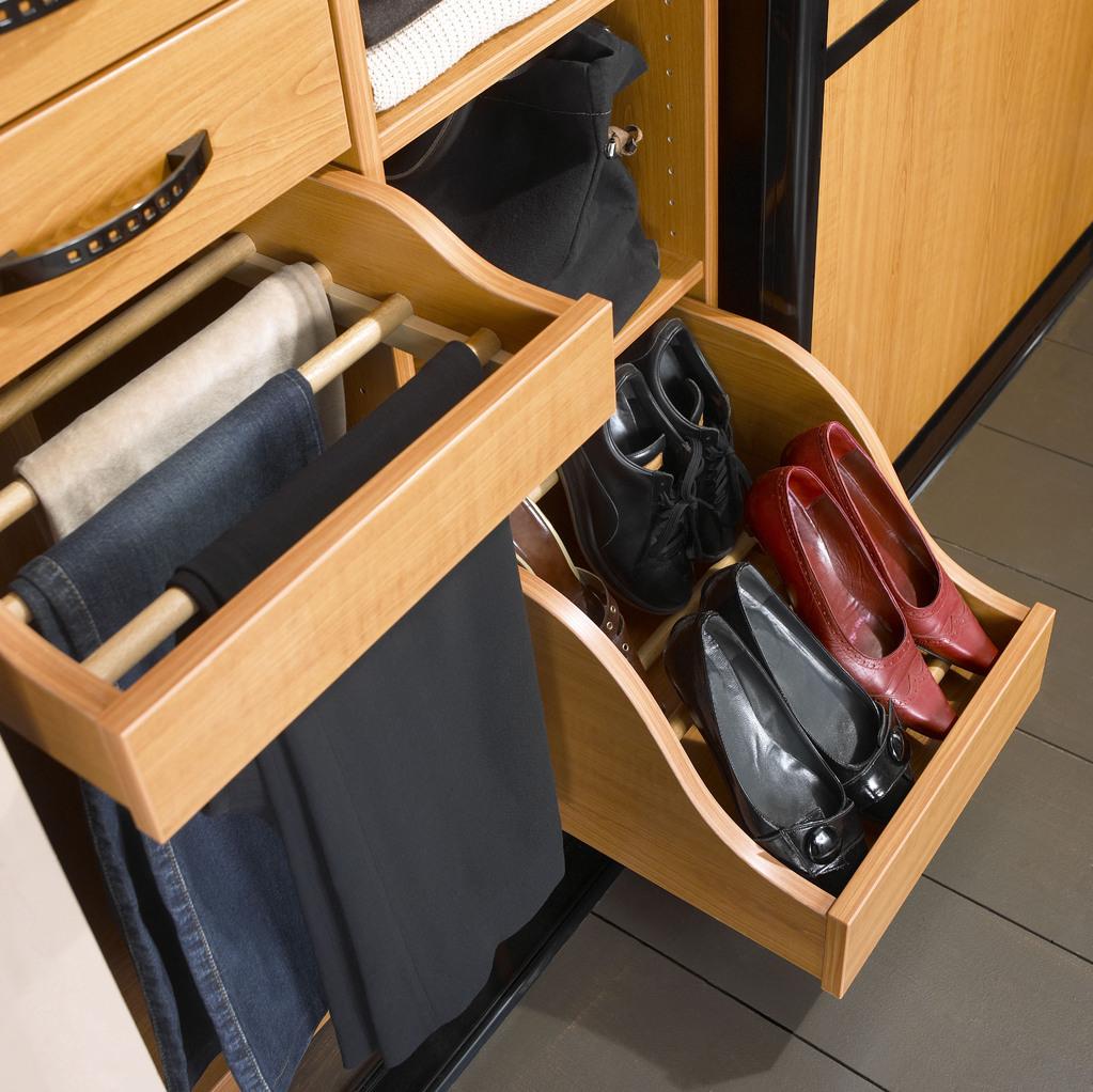 Amenagement placard pour chaussures meuble chaussures - Rangement pour chaussures dans placard ...