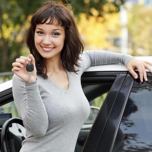 Acheter une nouvelle voiture sans attendre grâce au crédit report