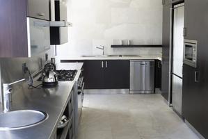 plan de travail zinc tout savoir sur le plan de travail en zinc. Black Bedroom Furniture Sets. Home Design Ideas