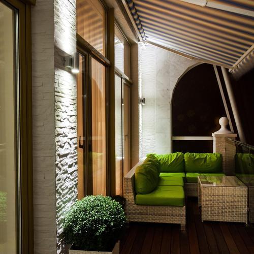 Aménager un balcon contemporain
