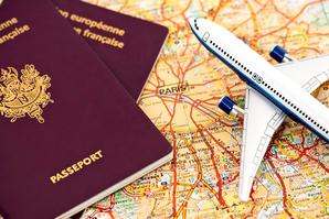 Passeports, avions carte Paris