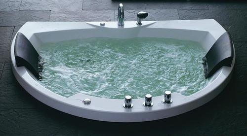 Photo guide de la salle de bain du pur bonheur for Baignoire ceramique prix