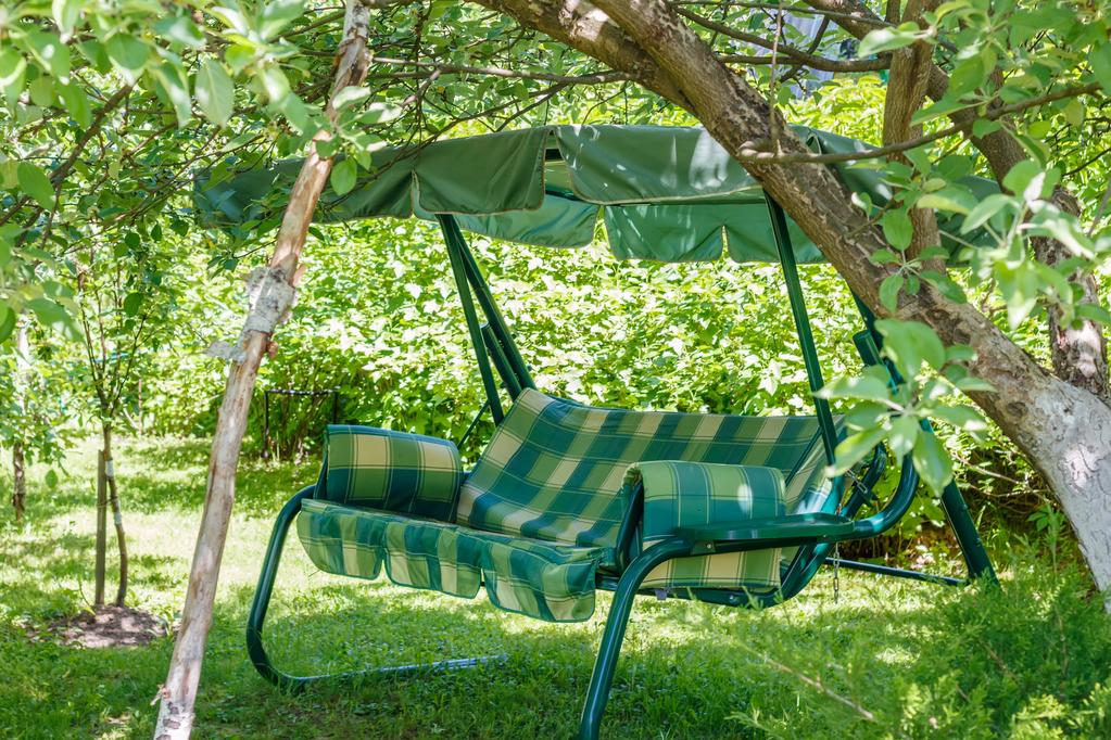 balancelle de jardin hevea balancelle de jardin bleu 2 3 places achat balancelle jardin design. Black Bedroom Furniture Sets. Home Design Ideas