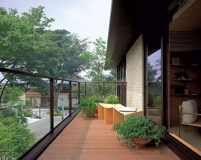 balcon filant caract ristiques et conseils ooreka. Black Bedroom Furniture Sets. Home Design Ideas