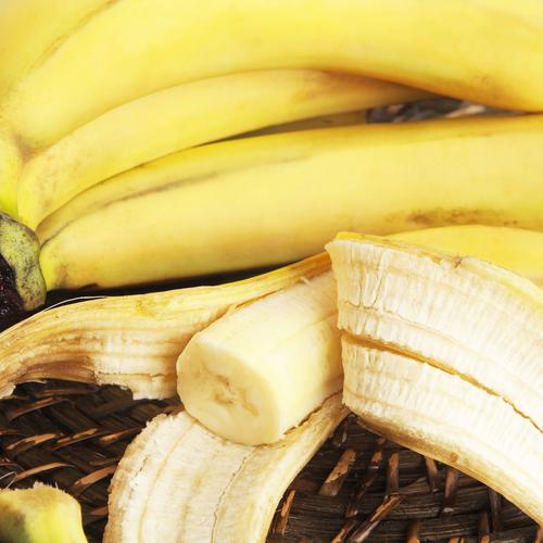 Utiliser les peaux de bananes comme engrais