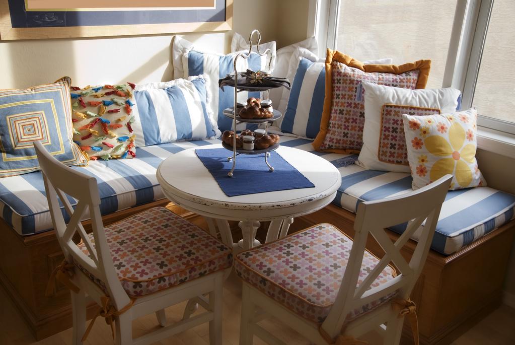 banquette d 39 angle styles mat riaux et prix ooreka. Black Bedroom Furniture Sets. Home Design Ideas