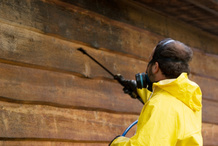 Traitement du bardage en bois