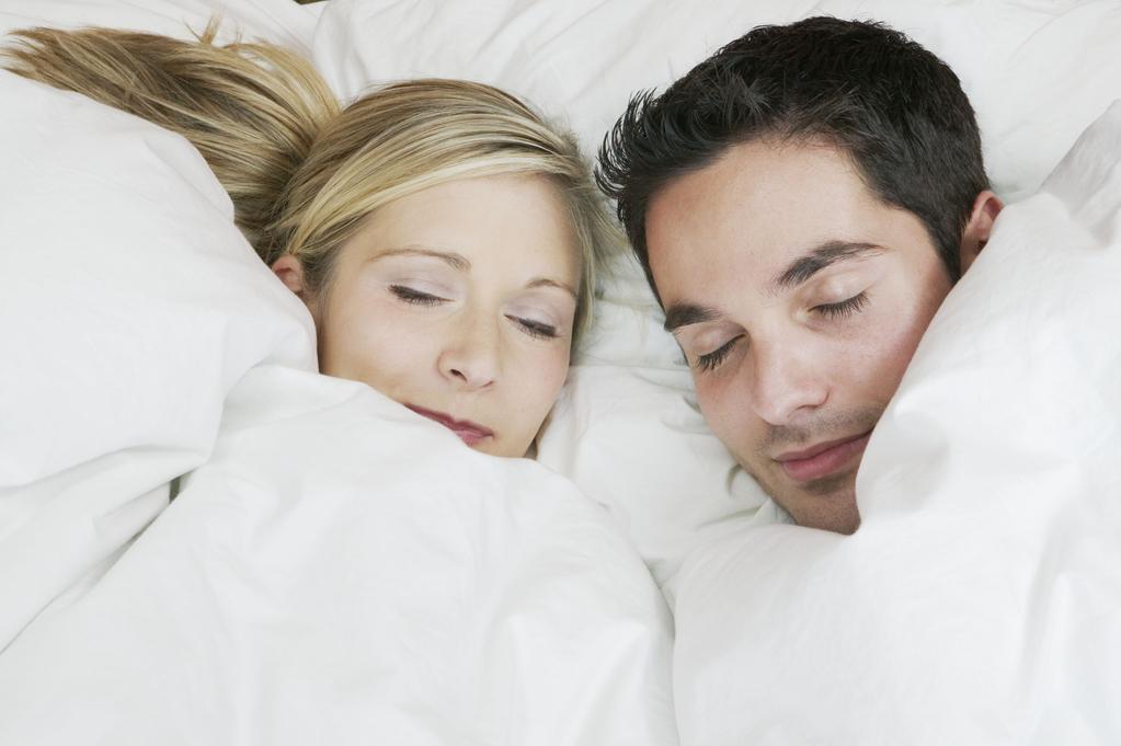 bien choisir sa couette selon l enveloppe et le grammage. Black Bedroom Furniture Sets. Home Design Ideas