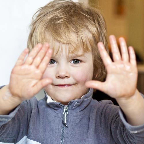 15. Montrer ses mains = je m'implique