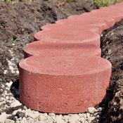 Comment poser des bordures en b ton ooreka - Bordure beton de jardin ...