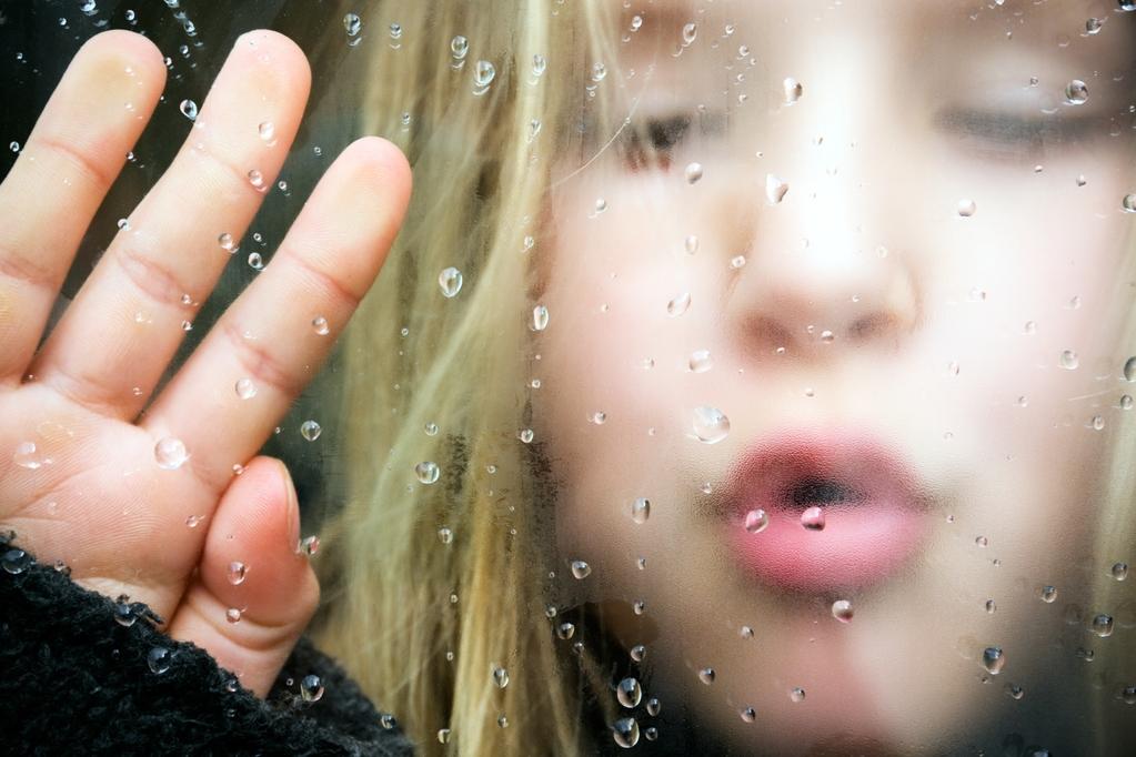 8 jeux pour occuper les enfants un jour de pluie garde d 39 enfants. Black Bedroom Furniture Sets. Home Design Ideas