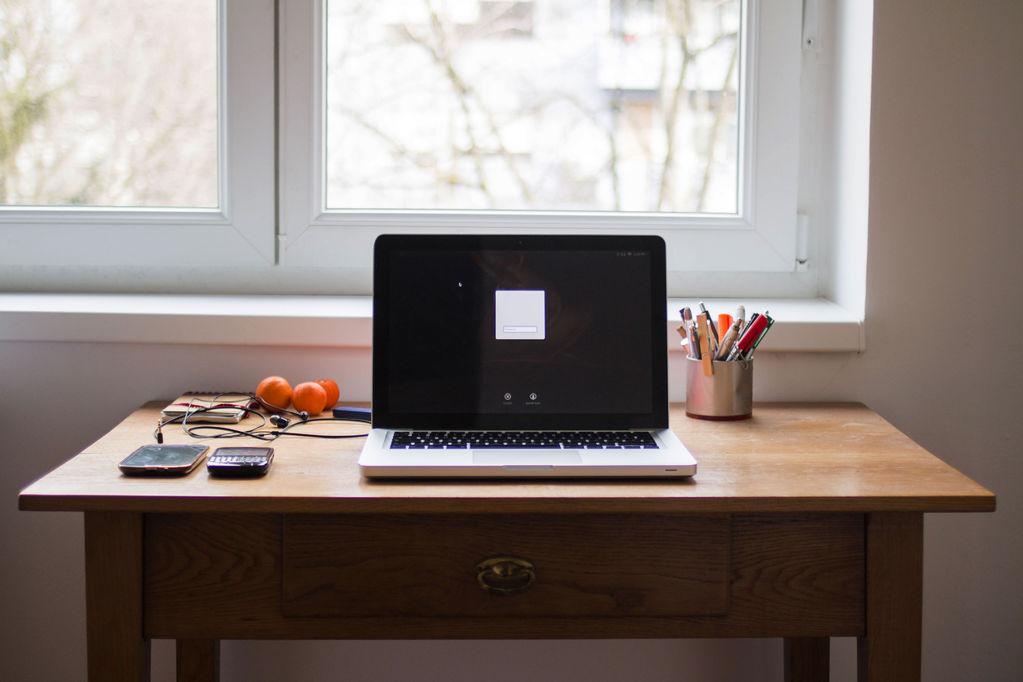 meuble secr taire styles et prix ooreka. Black Bedroom Furniture Sets. Home Design Ideas