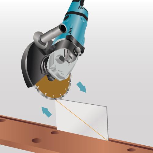 Couper du carrelage carrelage for Coupe d angle plinthe