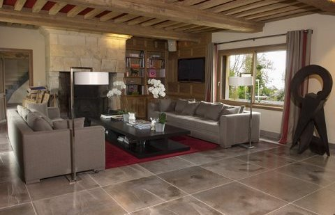 Taille de carrelage la tendance du grand format ooreka for Grand carrelage
