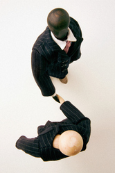 Bonhommes en bois costumes