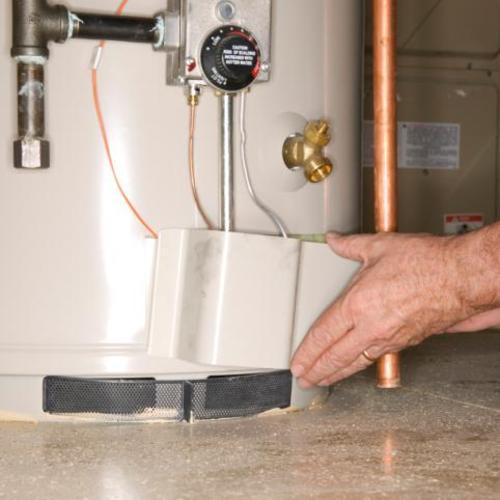 Changer le thermostat d'un chauffe-eau électrique