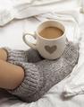 Réchauffer les pieds froids au lit