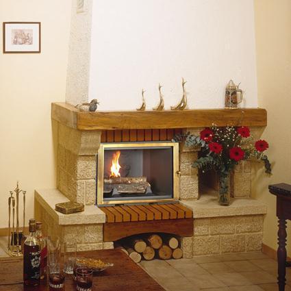 cheminée rustique à bois