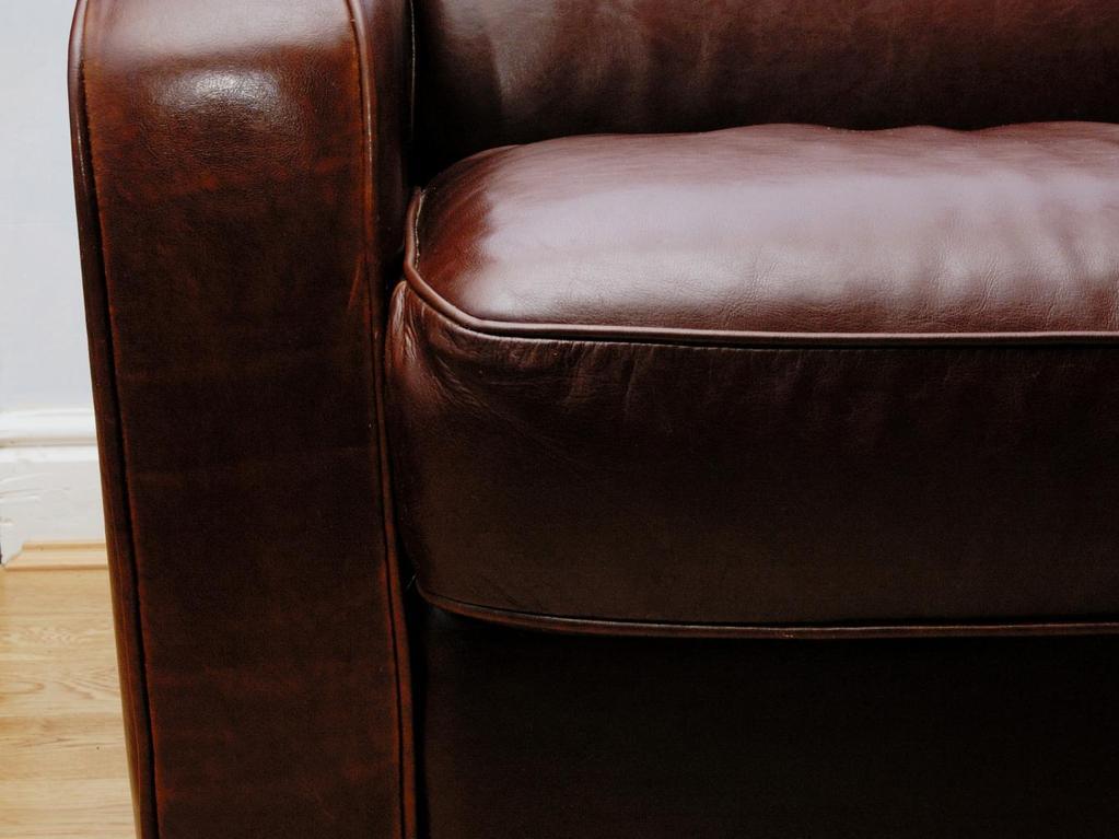 Bien choisir son canap en cuir - Astuce pour nettoyer un canape en cuir ...
