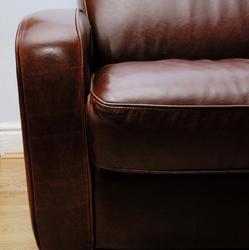 Canap en cuir infos conseils et prix sur le canap cuir for Teindre canape cuir