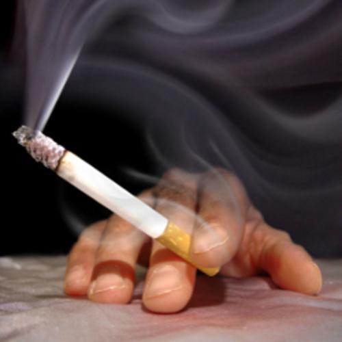 Enlever une tache de cigarette/brûlure et nicotine