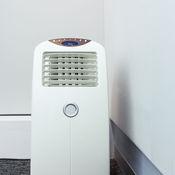 calfeutrer une fen tre pour climatiseur ooreka. Black Bedroom Furniture Sets. Home Design Ideas