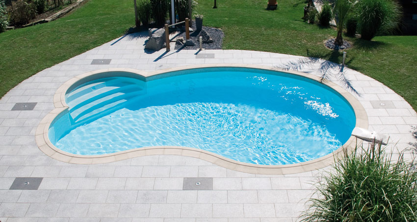 Piscine haricot crit res de choix installation prix for Tarif piscine waterair