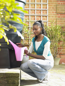 La cuve permet de stocker l'eau de pluie tout au long de l'année.
