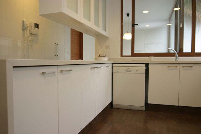 caisson de cuisine points de vente et prix ooreka. Black Bedroom Furniture Sets. Home Design Ideas